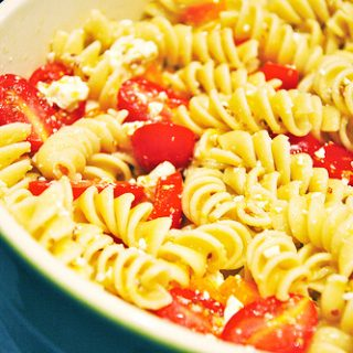 Lemony Pasta Salad with Grape Tomatoes and Feta