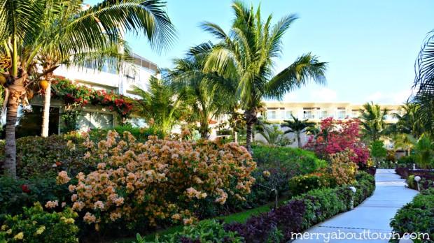 The gorgeous grounds at Azul Sensatori - MerryAboutTown