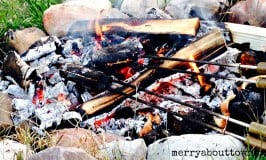 Campfire Pizza – A Camping Favorite