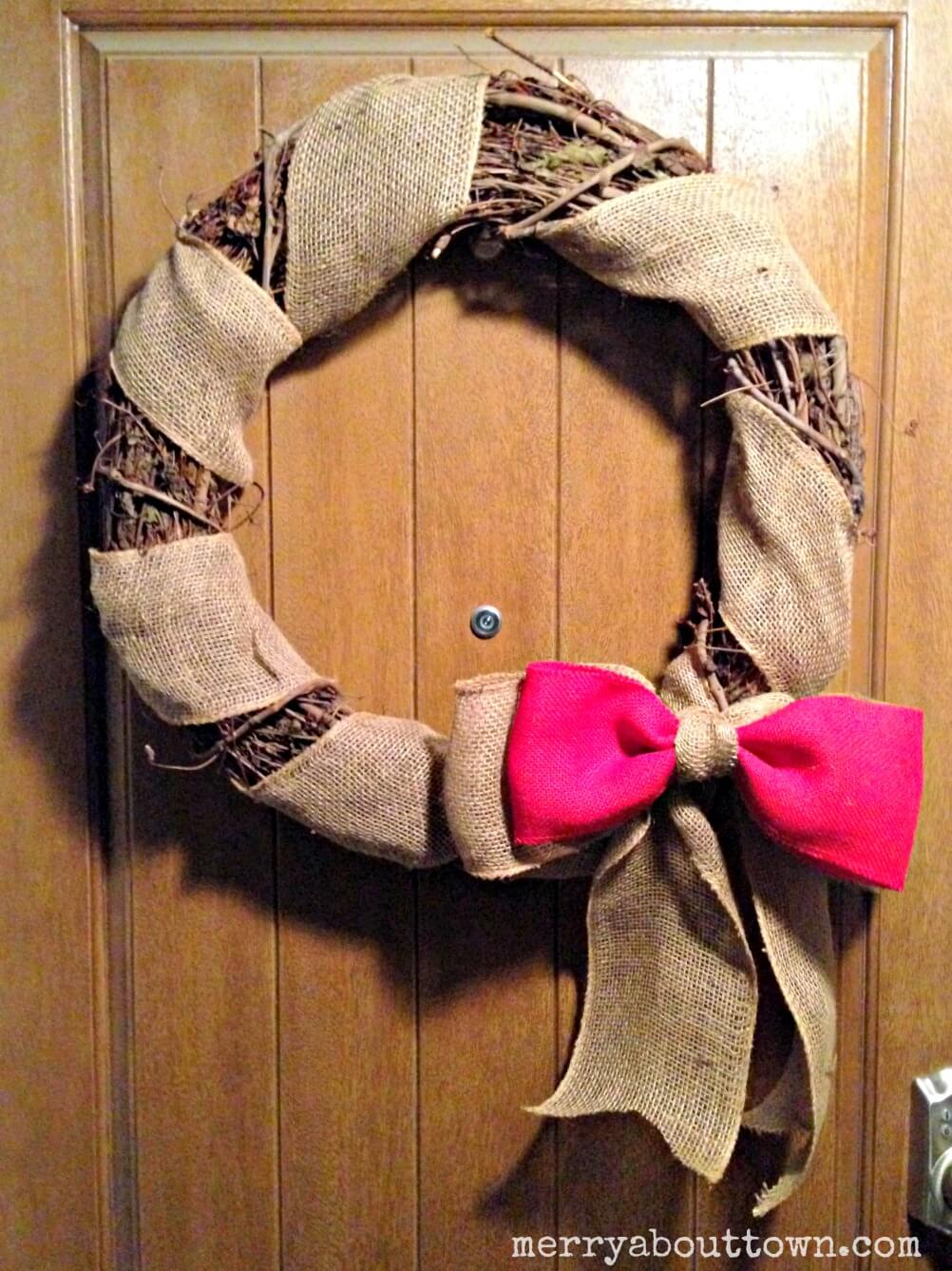 Easy Grapevine and Burlap Wreath - Merry About Town