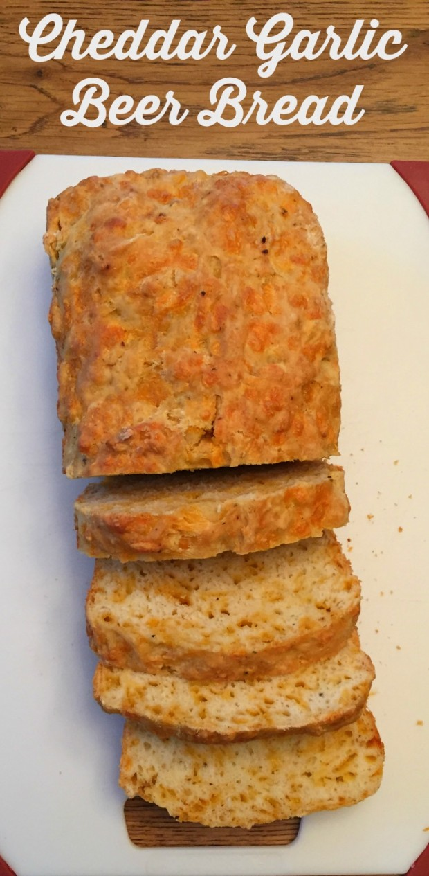 Cheddar-Garlic-Beer-Bread