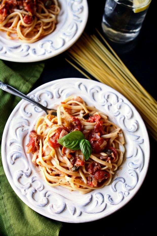 Linguine-with-Prosciutto-Tomato-Sauce-21