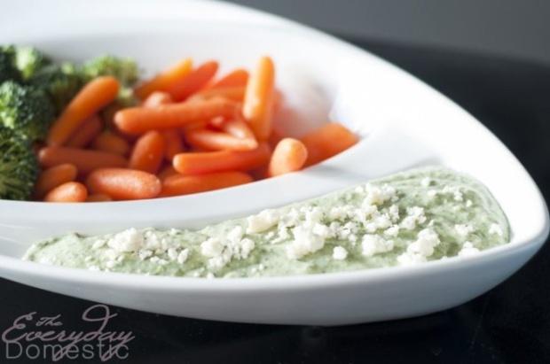 garlic-herb-feta-dip-700x464