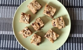 Peanut Butter and Chocolate Chip Blondies