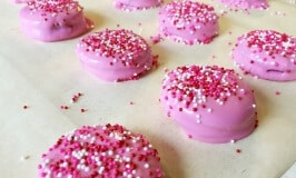 Easy Peasy Dipped Peanut Butter Valentine's Day Cookies