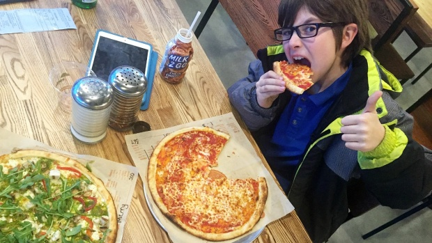 Blaze Pizza Gets the Thumbs Up from Evan
