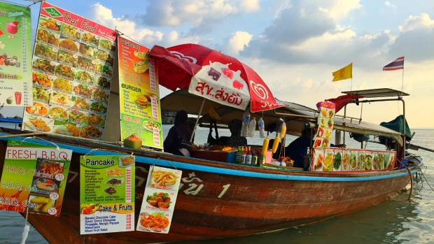 Floating Restaurant in Railay