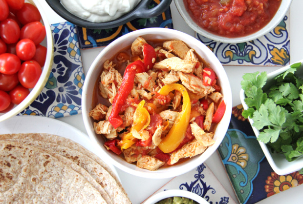 Crockpot-Chicken-Fajitas-A-Pretty-Life2