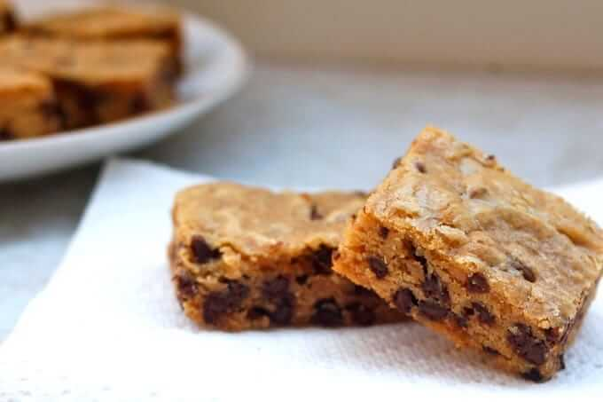slowcooker-peanut0butter-chocolate-chip-blondies
