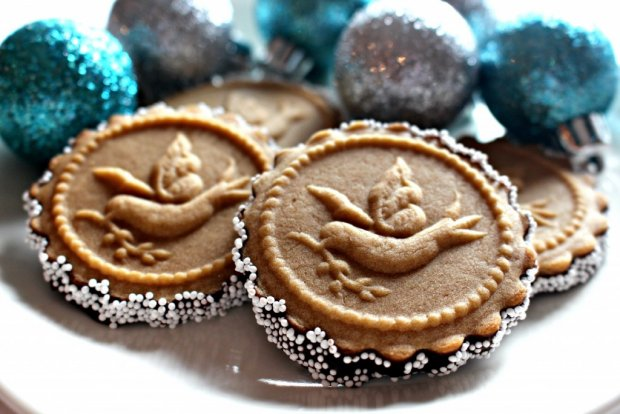 honey-gingerbread-cookies
