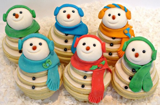 smiling-snowman-cookie-stacks