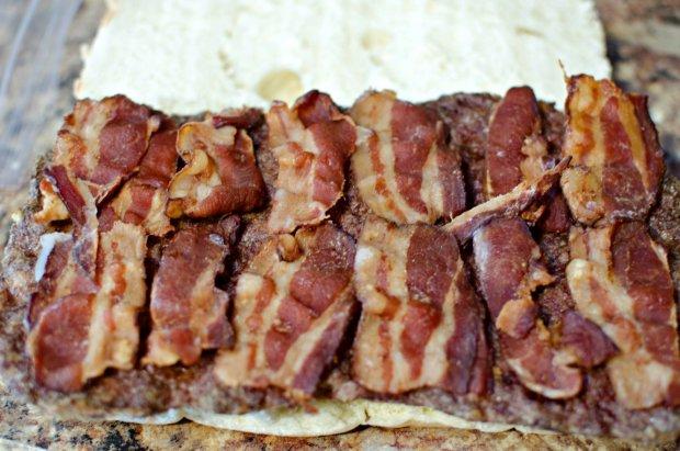 bacon-cheeseburger-sliders-recipe
