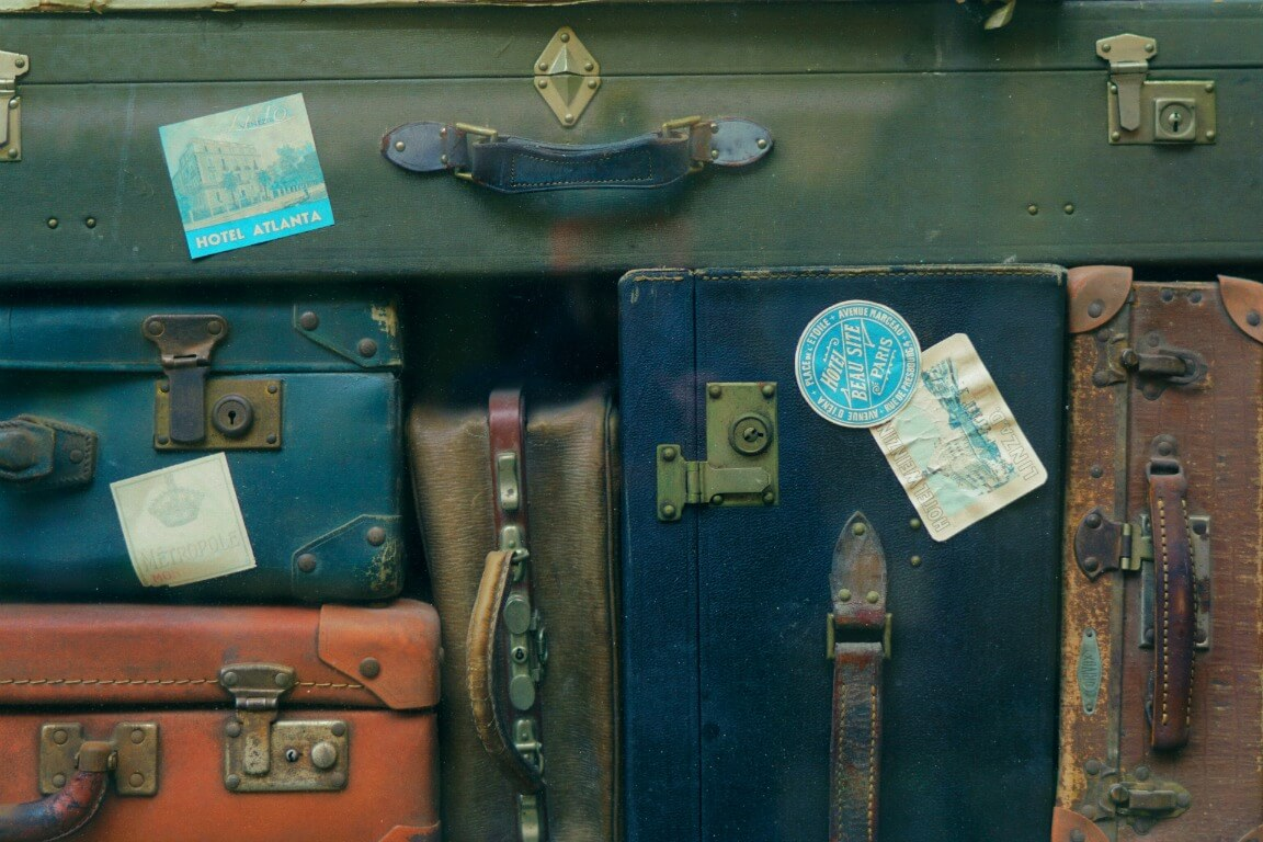 7 Must Have Vacation Packing Checklist Items
