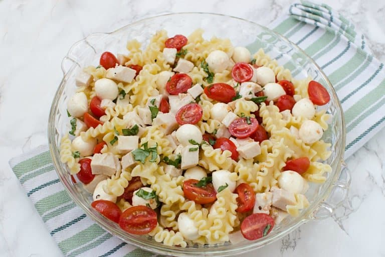 Chicken Caprese Pasta Salad10