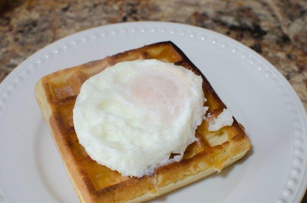 Poached Egg on Waffle
