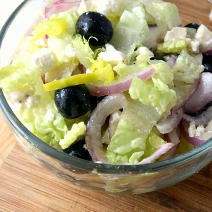 Delicious Greek Salad in a Jar Recipe