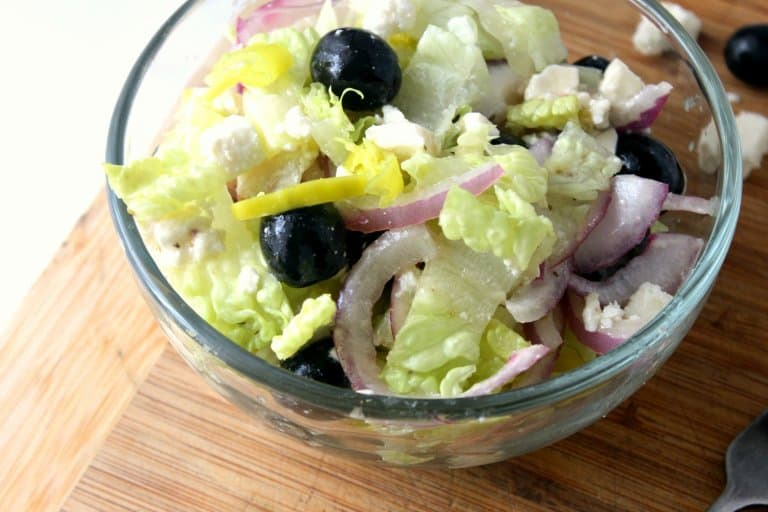 Delicious Greek Salad in a Jar Recipe