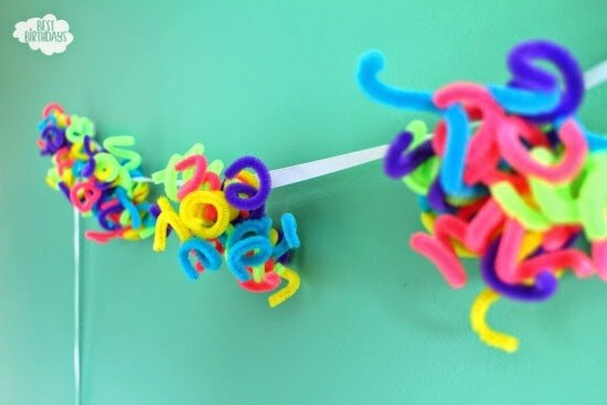 Pipe Cleaner Garland