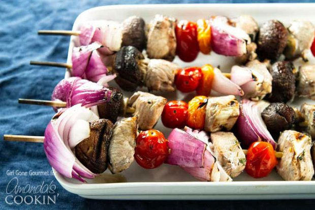 marinated-grilled-chicken-skewers-horizontal