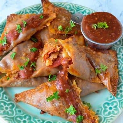 Pepperoni Pizza Triangles08