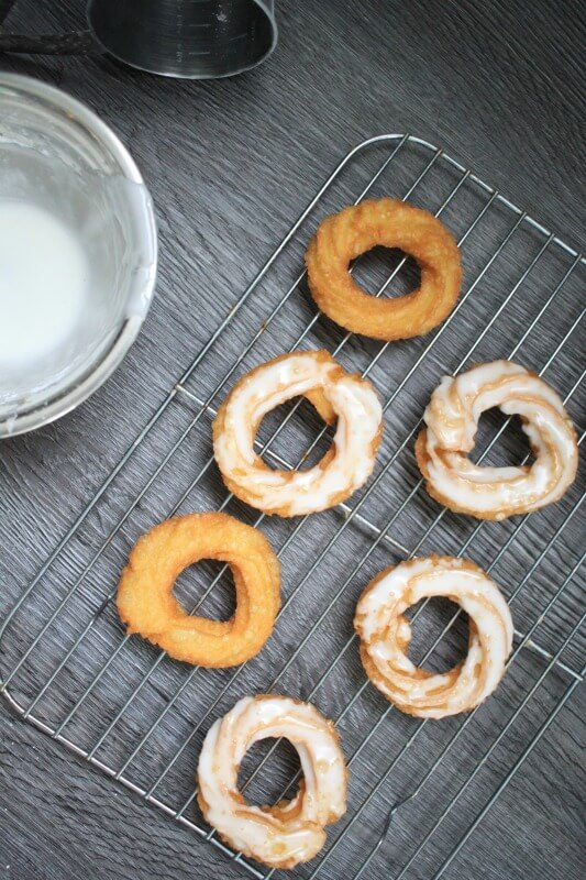 French_Crullers_Recipe_0808