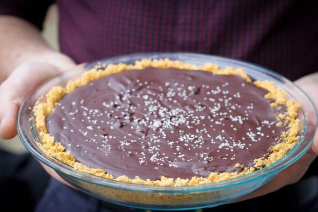 salted-bourbon-chocolate-pie2-small-1