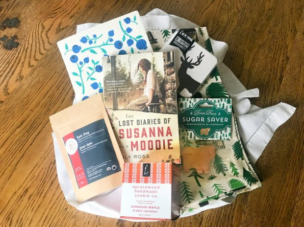 August Sweet Reads Box Contents