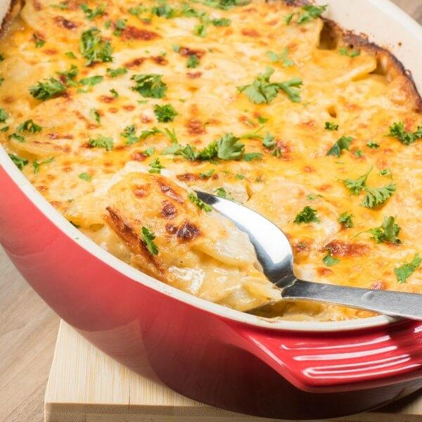 Cheesy-Scallop-Potatoes-square