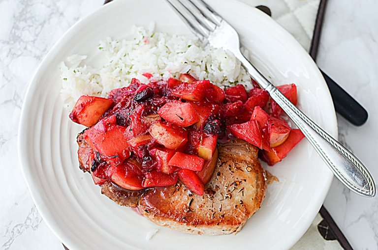 Apple cranberry porkchops