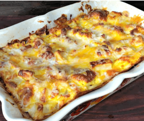 Cheese-Bacon-and-Potato-Breakfast-Casserole-1