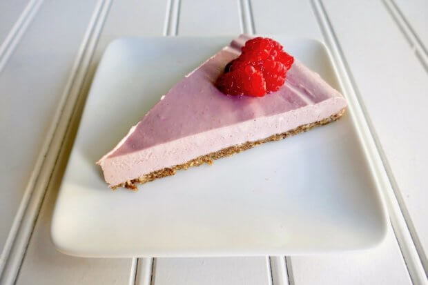 Raspberry+vegan+paleo+cheesecake