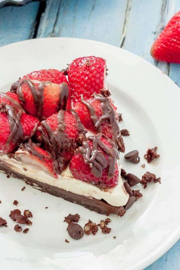 Stawberry-Hazelnut-No-Bake-Cheesecake-recipe-4