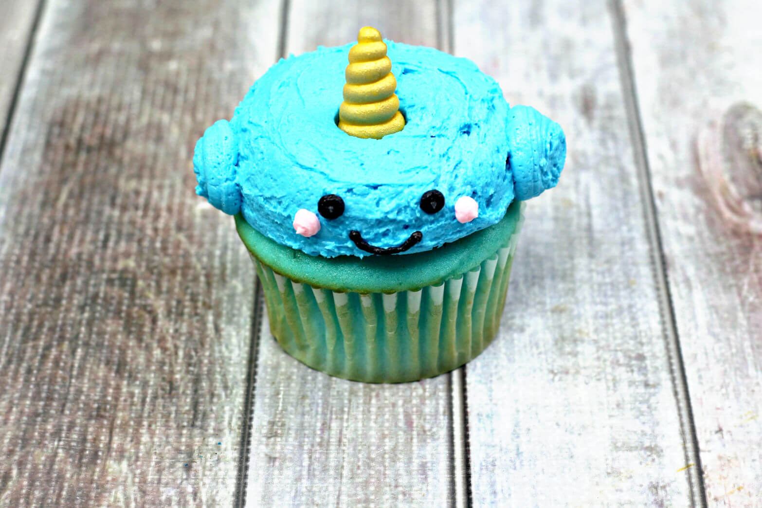 Narwhale Cupcakes