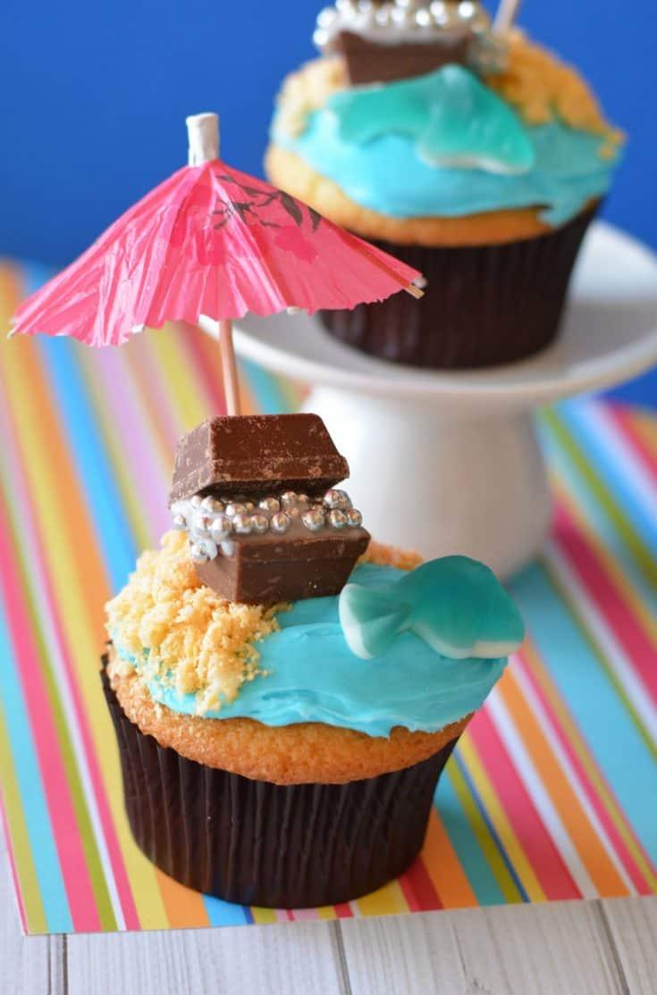 Treasure Chest Beach Cupcakes Recipe