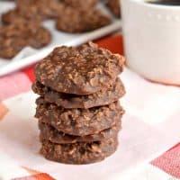 EASY No Bake Chocolate Oatmeal Cookies Recipe