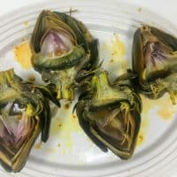 Slow Cooker Garlic Artichokes Recipe
