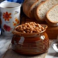 Homemade Quebec Maple Baked Beans