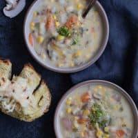 Instant Pot Corn and Potato Chowder