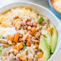 Slow Cooker Green and White Chicken Chili