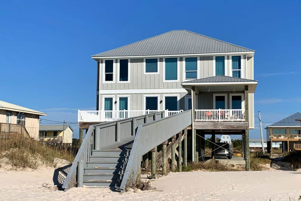 Barefoot Beach House in Gulf Shores. Owned by Harris Properties