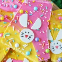 How To Make Easter Bunny Candy Bark