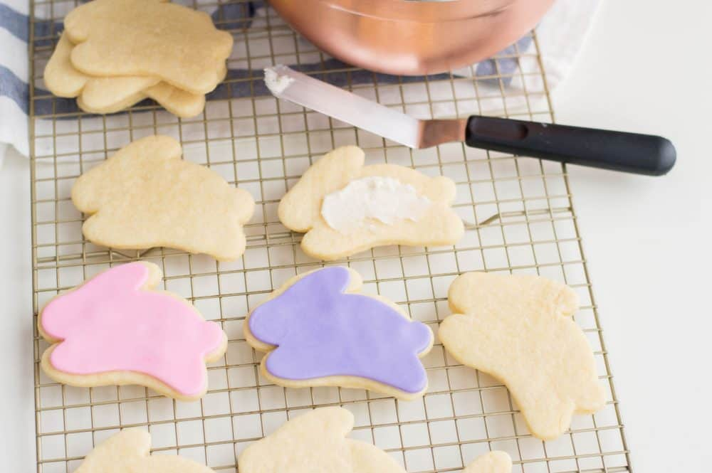 Icing bunny shapped easter sugar cookies