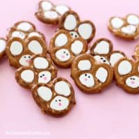 Easy Easter bunny pretzels with video tutorial and how-tos